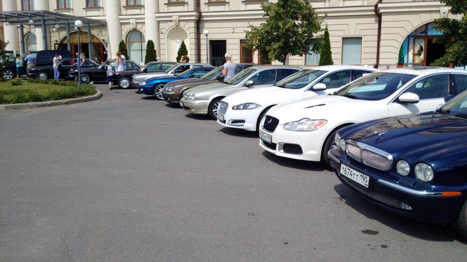 автопробег Jaguar, MINI, Land Rover Range Rover, Bentley